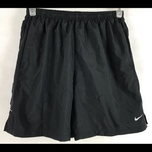 Nike Dry Fit Men Shorts Size L Black